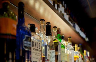 Лицензия на алкоголь в 2019 году: кто должен получать, ее разновидность, стоимость, ответственность
