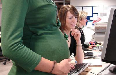увольнение беременной за прогулы
